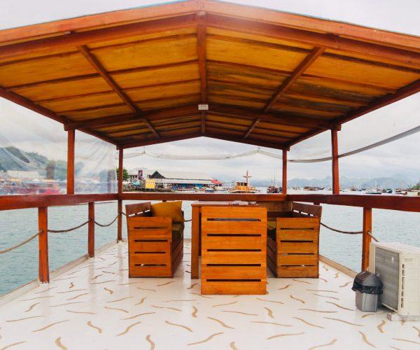komodo boat cruise